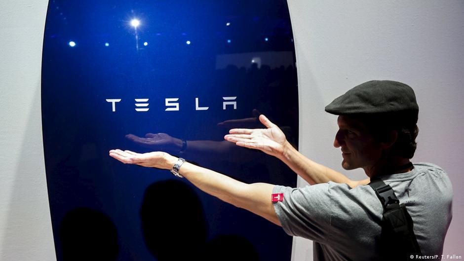 SpaceX tourist revealed: Japanese billionaire Yusaku Maezawa