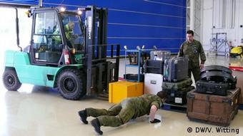 Ndërsa ushtarët spanjollë bëjnë gati valixhet...