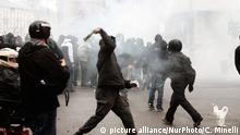 Clashes against police during demonstration in downtown Milan on May 1, 2015 to protest against the Universal Exposition Milano 2015 that will run from May 1st, 2015 to October 31, 2015 on the theme Feeding the Planet and Energy for Life. (Photo by Christian Minelli/NurPhoto)