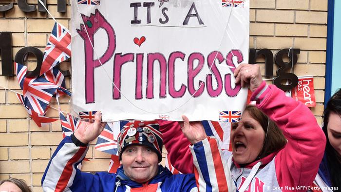 Großbritannien Herzogin Kate in London It's a girl princess