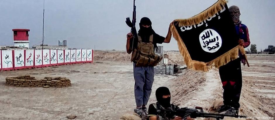 EI (foto) e Boko Haram são responsáveis pela maioria das mortes