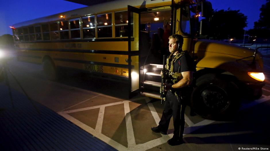 """Estado Islâmico"" reivindica autoria de ataque no Texas | DW | 05.05.2015"