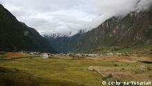 LANDSLIDE IN LANGTANG VALLEY The Langtang village, in langtang valley 2008 cc-by-sa-Yosarian
