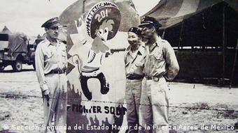 El logotipo de la Águilas Aztecas: Pancho Pistolas.