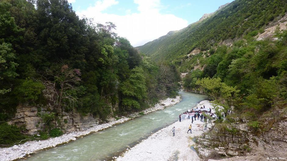 Wie man mit dem Fluss während der Datierung geht Erholung datieren Standorte
