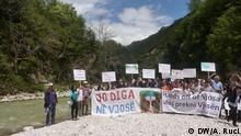 Albanien Protest Save the blue heart of Europe (DW/A. Ruci)