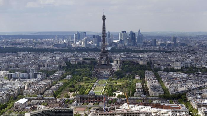 Bildergalerie Eiffelturm Scheinwerfer Austausch
