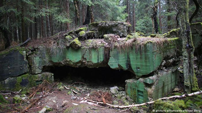 Jejak perang di hutan Hürtgen, Jerman.