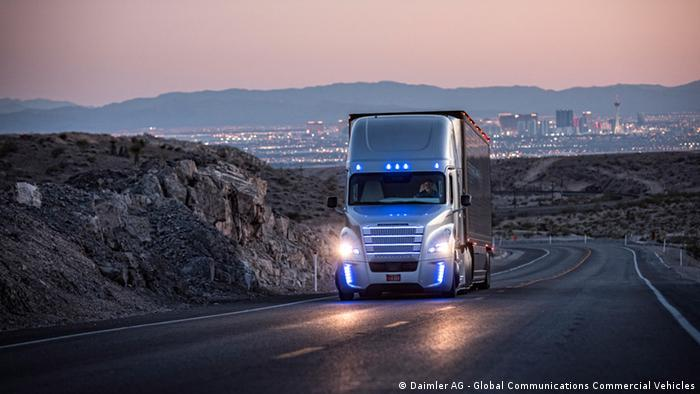 Daimler Trucks LKW autonomes Fahren