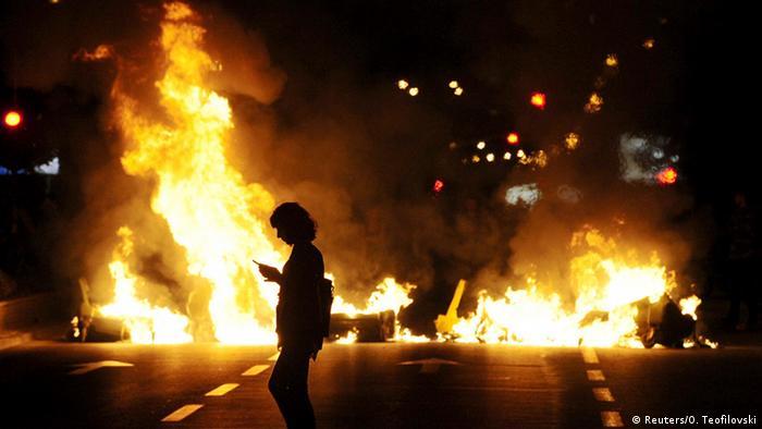 Prosvjedi u glavnom gradu Makedonije izbjegli su kontroli