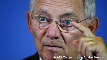 Bundesfinanzminister Schäuble präsentiert Ergebnis der Steuerschätzung