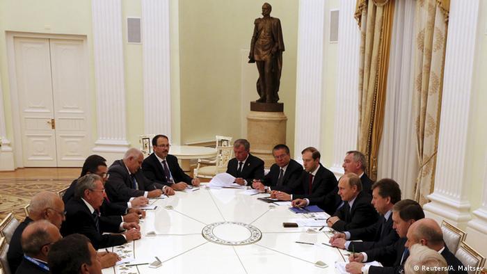 Aspecto del encuentro entre las delegaciones de Cuba y Rusia.