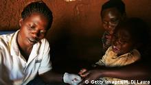 Uganda HIV-Test bei Kind