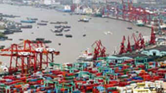 Umsatz im Hafen von Schanghai steigt