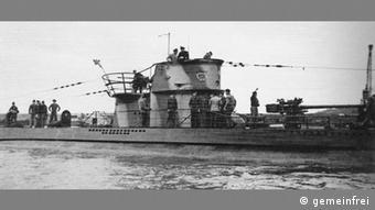 El submarino alemán U 202.