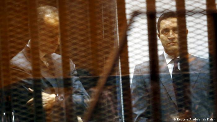 Ägypten Gericht verurteilt Mubaraks Söhne wegen Korruption (Reuters/A. Abdallah Dalsh)