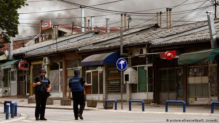 Mazedonien Polizisten bei Schießerei verletzt (picture-alliance/dpa/G. Licovski)