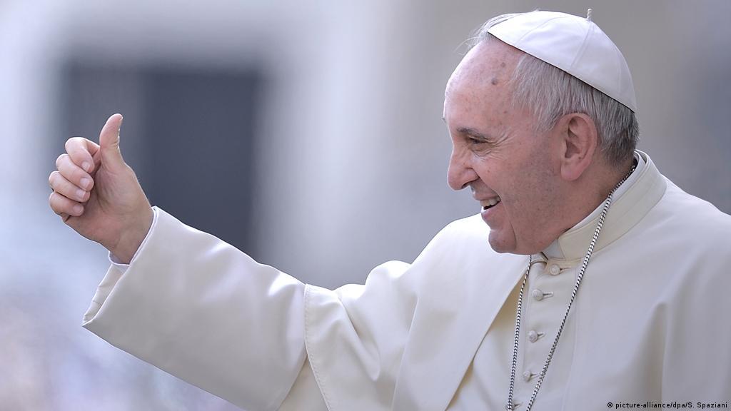 Papa Franjo: Istopolni brak treba zakonski regulisati | Politika | DW |  22.10.2020