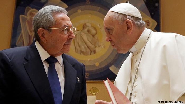Vatikan Raul Castro trifft Papst Franziskus