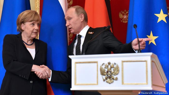 PK Putin und Merkel in Moskau