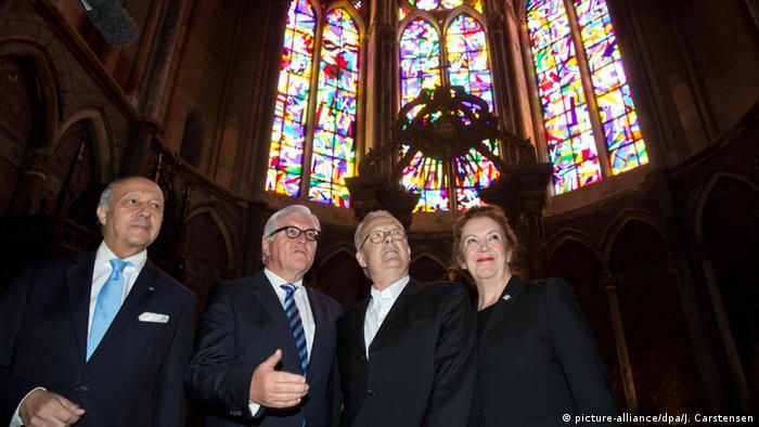 Neue Fenster in der Kathedrale von Reims Steinmeier Fabius