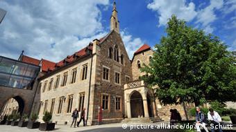 Lutero viveu e estudou no Mosteiro dos Agostinianos Eremitas, em Erfurt, de 1505 a 1511
