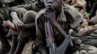 Afrika Bildergalerie Kindersoldaten im Süd-Sudan