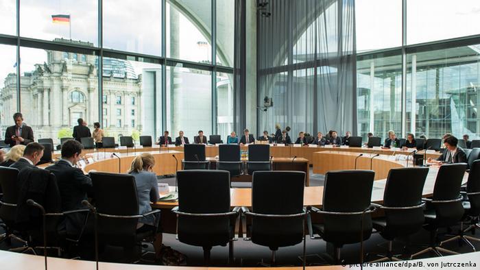 Bundestag komisja Berlin