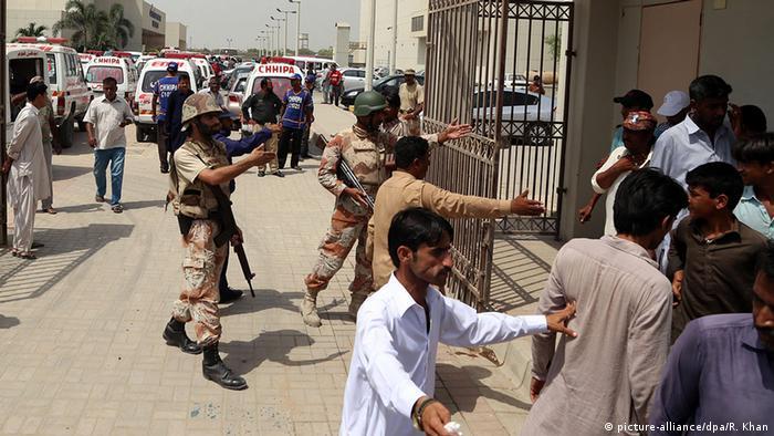 Pakistan Angriff auf Bus in Karachi
