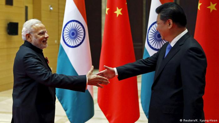 Staatsbesuch Indiens Premierminister Modi besucht China Xi Jinping