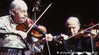 Stephane Grappelli and Yehudi Menuhin. Photo: Universal Pictorial Press