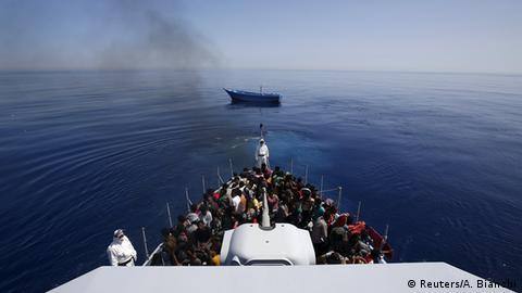 was bekommen flüchtlinge in deutschland