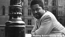 Bildunterschrift:Popular and legendary blues singer, songwriter and guitarist B B King, second cousin of Bukka White. (Photo by Evening Standard/Getty Images)