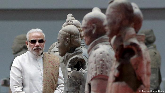 Indian Prime Minister Narendra Modi visits the Museum of Qin Terracotta Warriors and Horses, in Xian, Shaanxi province, China, May 14, 2015 (Photo: REUTERS/China Daily)