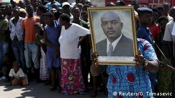 Manifestation en faveur de Pierre Nkurunziza après l'échec du putsch militaire