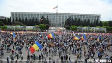 Großdemo in Chisinau/ Republik Moldau für die Wiedervereinigung Moldaus mit Rumänien