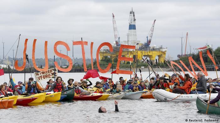 Protest gegen Ölbohrungen in der Arktisاعتراض کنشگران محیط زیست علیه شرکت شل