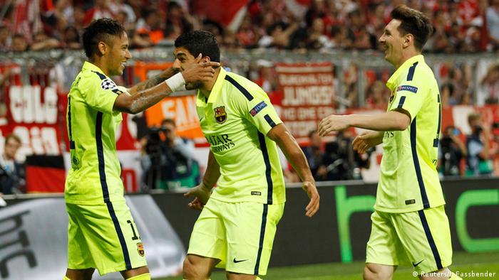 Spanien Fußballer FC Barcelona sind spanischer Meister 2015 Messi Neymar Suarez (Reuters/I. Fassbender)