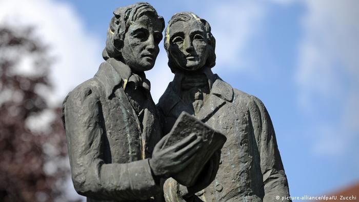 Памятник братьям Гримм в Касселе
