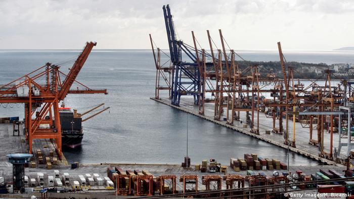 Baukräne am Hafen von Piräus (Foto: Getty Images)