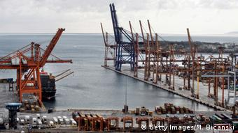 Griechenland Piräus Hafen (Getty Images/M. Bicanski)