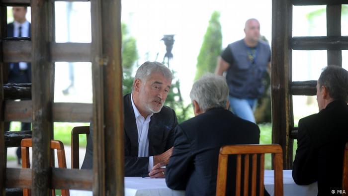 Mazedonien Regierungskrise Ali Ahmeti und Menduh Thaci