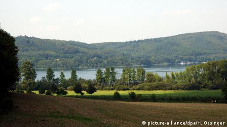 Ferienstraßen in Deutschland (Bildergalerie) Laacher See in der Eifel