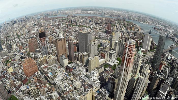Bildergalerie World Trade Center Eröffnung der Aussichtsplattform (Getty Images/AFP/T. A. Clary)