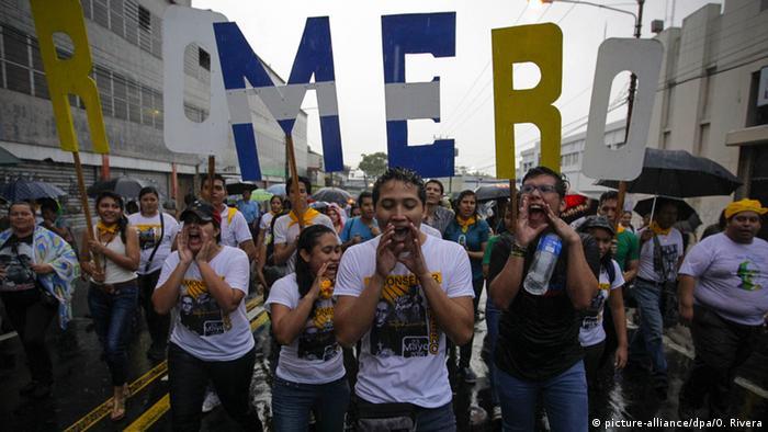"""En toda Centroamérica Romero ya es visto como """"un santo de las Américas""""."""