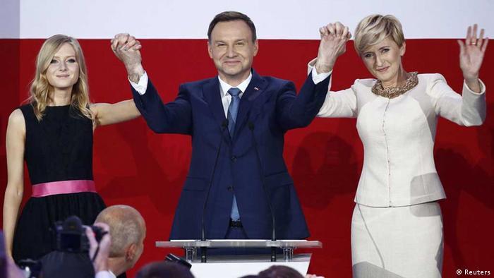 Polen: Wahlsieger Andrzej Duda mit Familie nach seinem Triumph