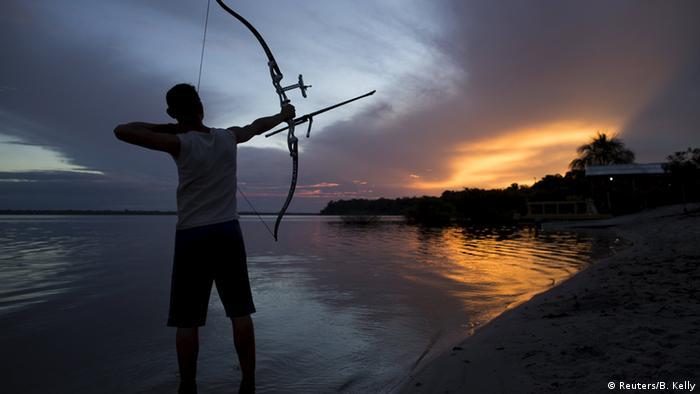 Bildergalerie Bogenschütze Amazonas Indigenous Archery Project