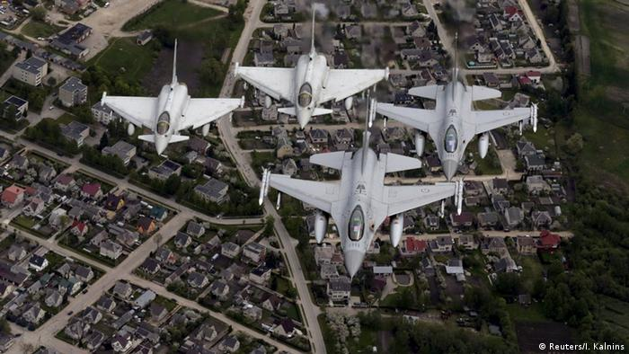 Manevre ale NATO în zona baltică