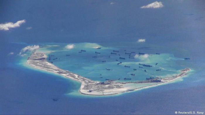 China Konflikt im Südchinesischen Meer Spratly Inseln