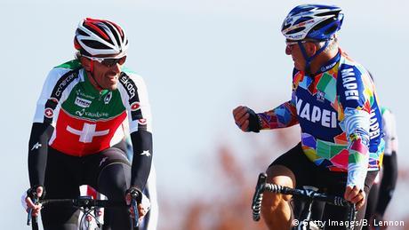 Radrennen Profis und Amateure Symbolbild